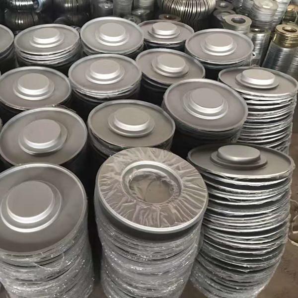 large quantity caps